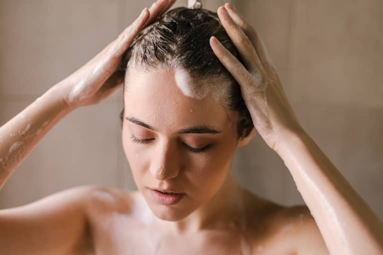 I'm Almost 30 & Just Learned How I Should *Actually* Be Shampooing