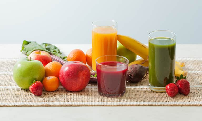 7 Reasons To Drink Organic Juice For Your Skin & Health