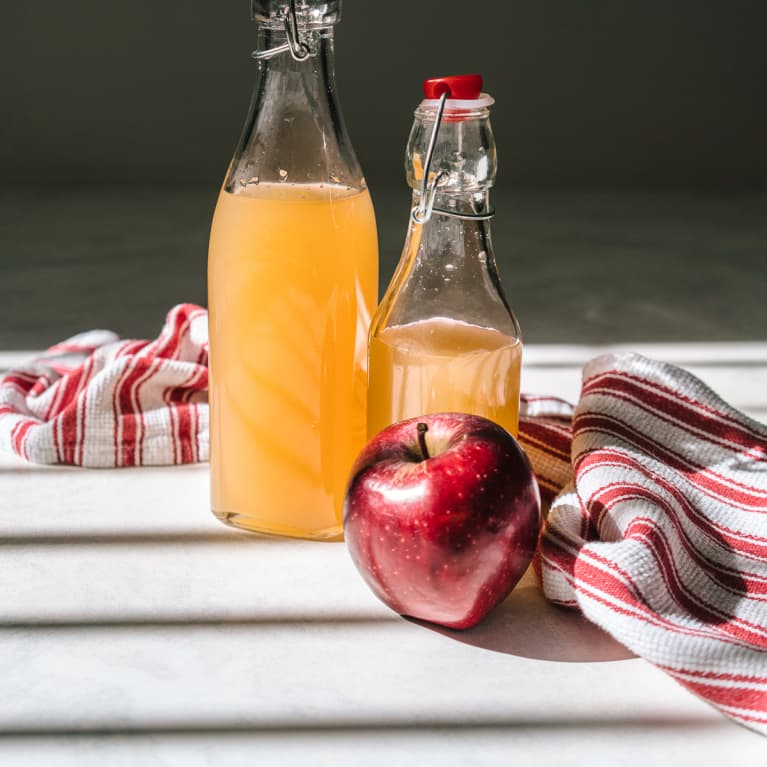 From Drains To Stains, Here Are 5 Ways Apple Cider Vinegar Is Handy At Home
