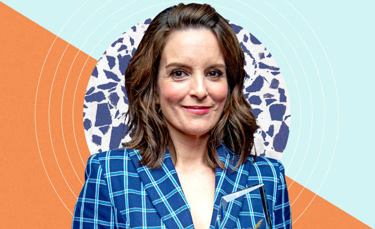 Here's Why Tina Fey Prioritizes Sleep + The Key To Her Bedtime Routine