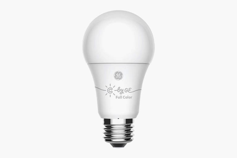 <p>Full Color Smart Bulb</p>