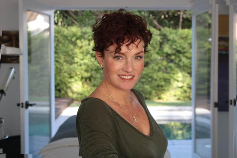 I'm An Aesthetician. Here's How I Finally Calmed My Eczema