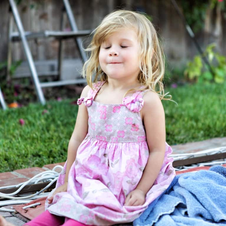 Genius Tips For Teaching Your Kids To Meditate (It's Easier Than You Think!)