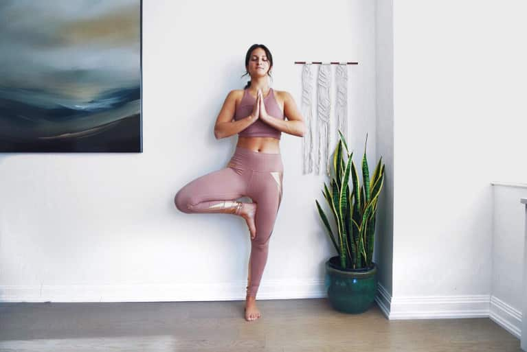 This 15-Minute Yoga Flow Will Reduce Anxiety, Boost Energy & Improve Sleep