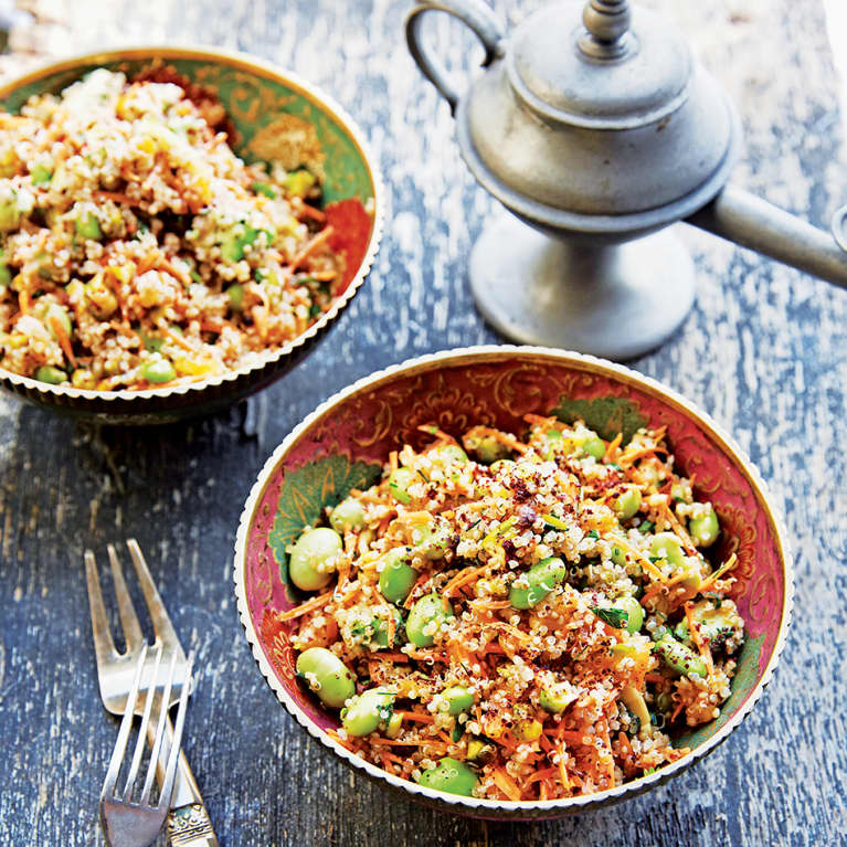 Spice Up Your Sad Desk Lunch With This Middle Eastern Quinoa Salad