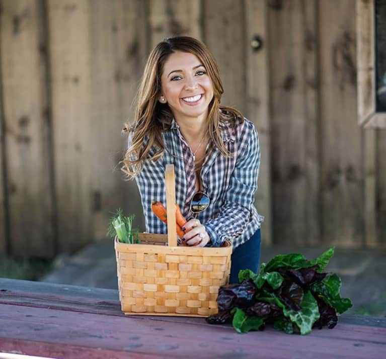 What The Paleo Phenom Behind 'Lexi's Clean Kitchen' Eats In A Day