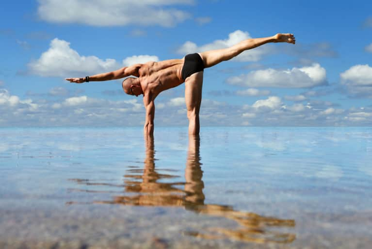 6 Yoga Pro-Tips For Men New To The Practice