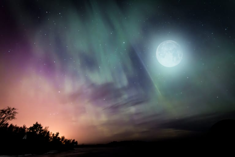 7 Ways To Channel Your Inner Badass Under Tonight's Super-Charged Hunter's Moon