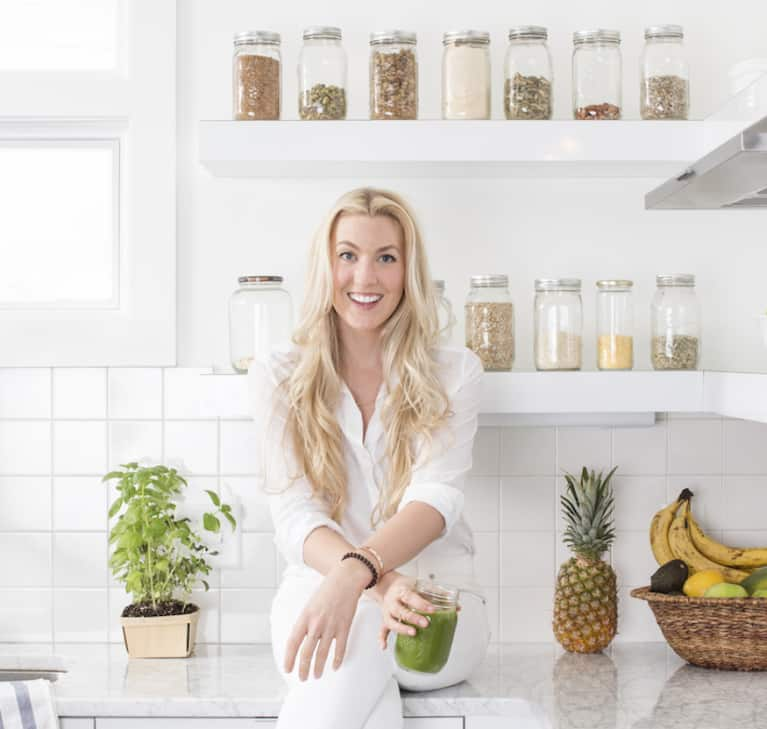 What McKel Hill Of Nutrition Stripped Eats In A Day