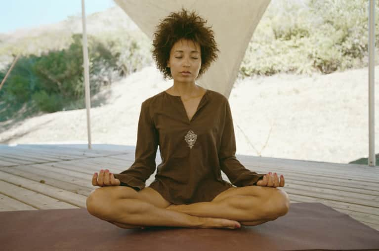 A Simple Breathing Technique To Reduce Stress In Minutes (Video)