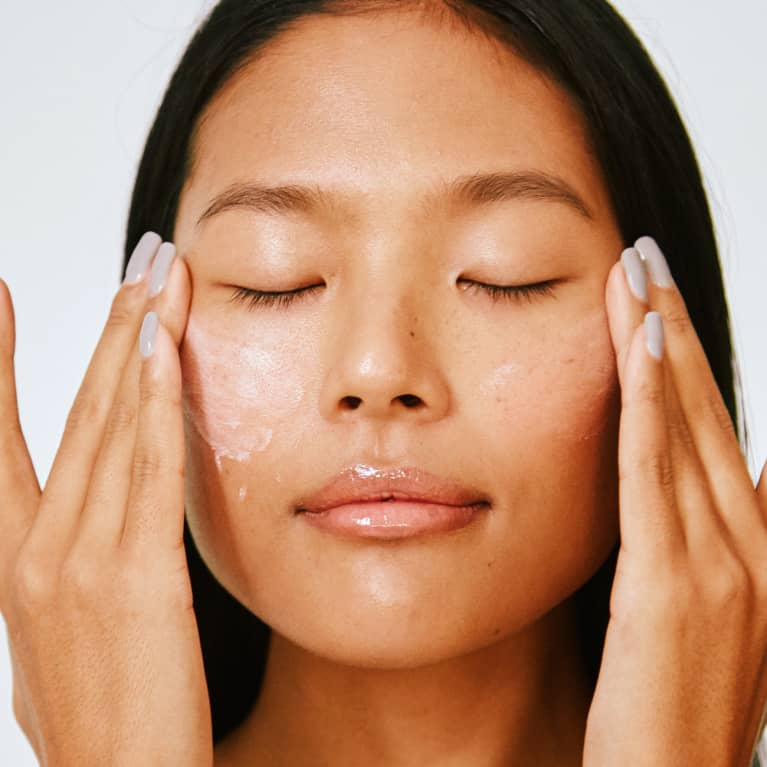 Once & For All: Should You Rub Or Press In Your Skin Care Products?