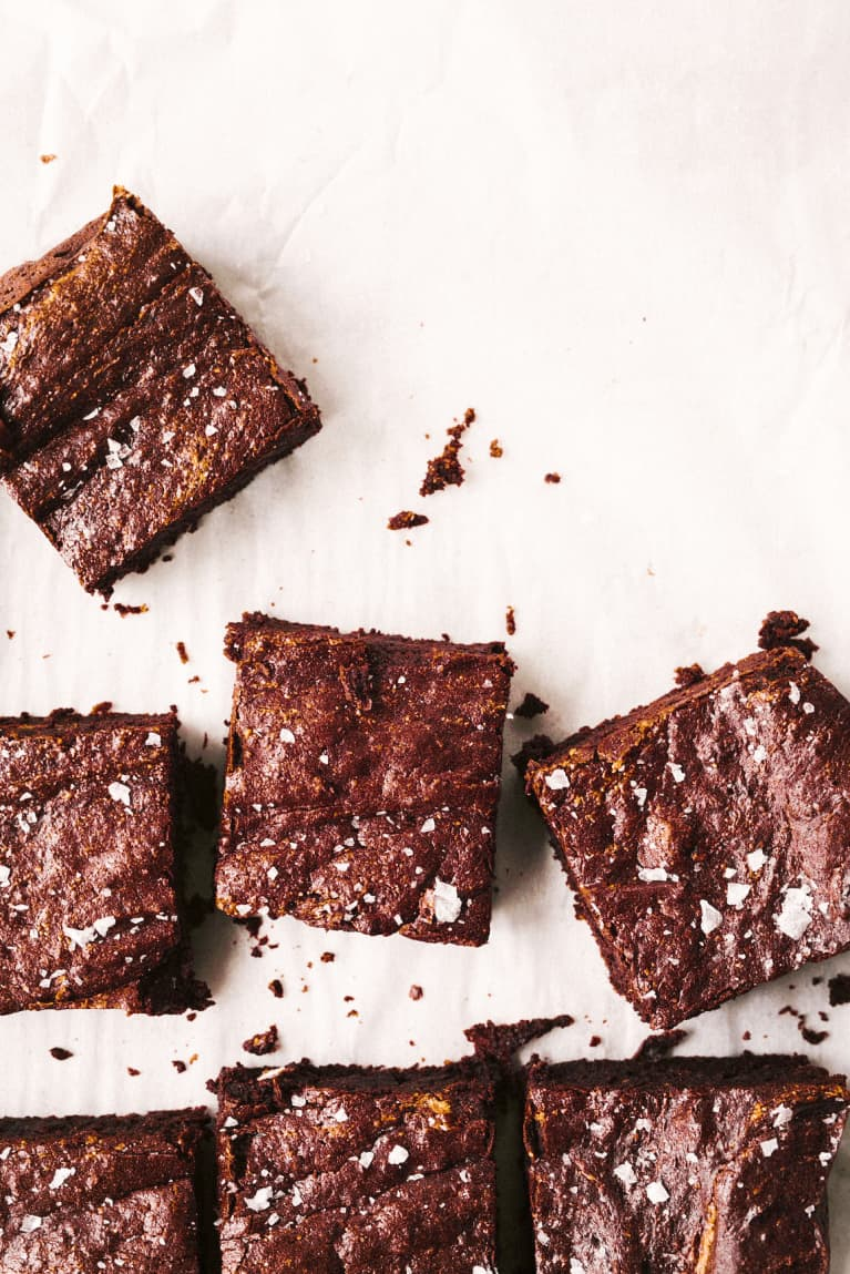 You'll Never Guess The Secret Ingredient In These (Vegan, GF) Chocolate Brownies