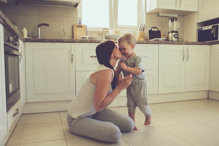 10 Top Tips To Reduce Your Family's Exposure To Toxins In The Kitchen
