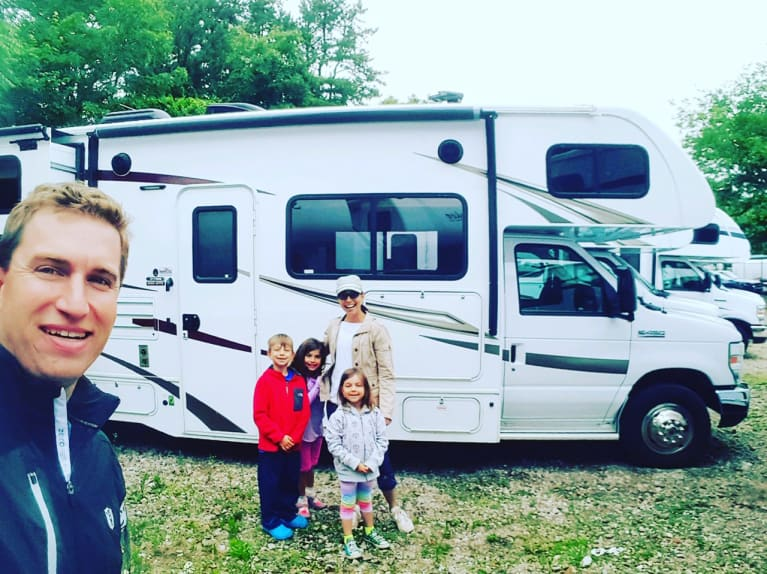 I'm Doing It — I'm Dropping Everything & Trying #VanLife With My Family Of 5