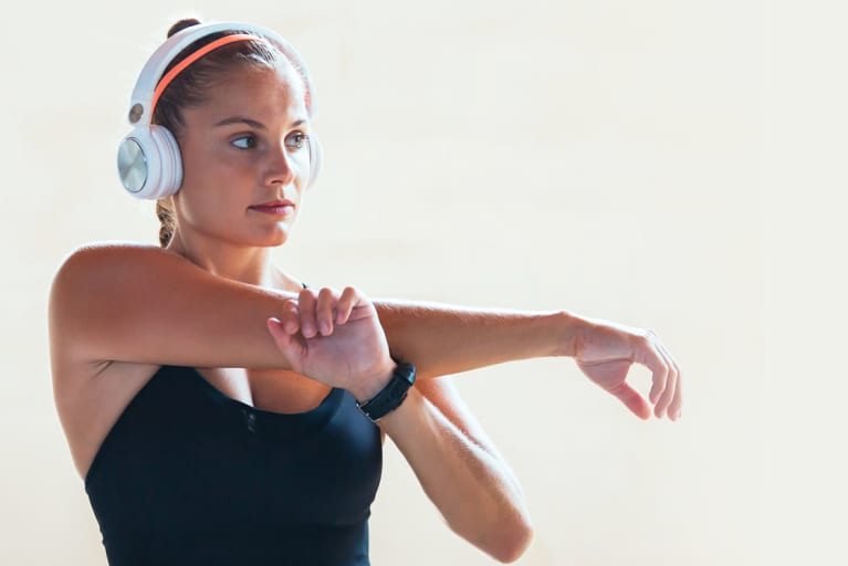 Crowded Gym? Do This 5-Minute Warm-Up While You Wait