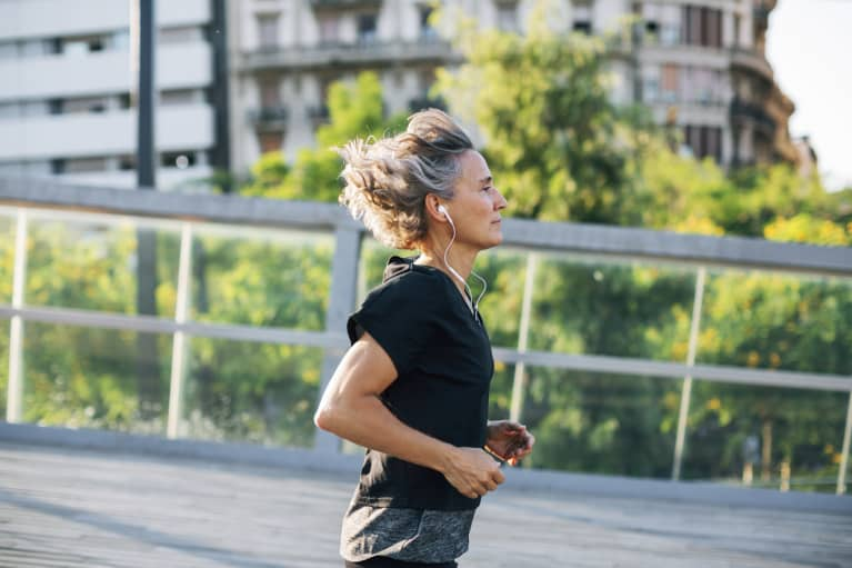"Hey New Runners, Marathon Training May ""Reverse"" Aging (So Lace Up)"