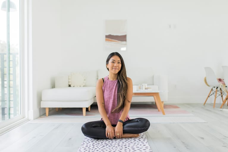 5 Inspiring Tips To Help You Get On The Yoga Mat (When You'd Rather Not)