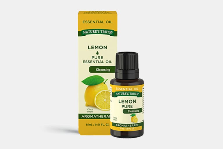 <p>Pure Lemon&nbsp;Essential Oil</p>