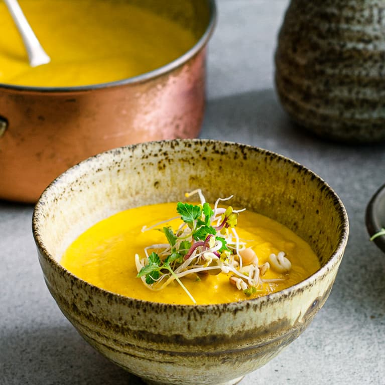 Carrot Cumin Soup & 2 More Ayurvedic Recipes To Keep On Rotation In Late Summer