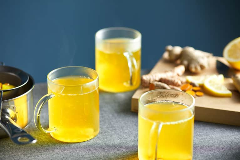 How To Make The Best Turmeric Tea To Fight Inflammation All Day Long