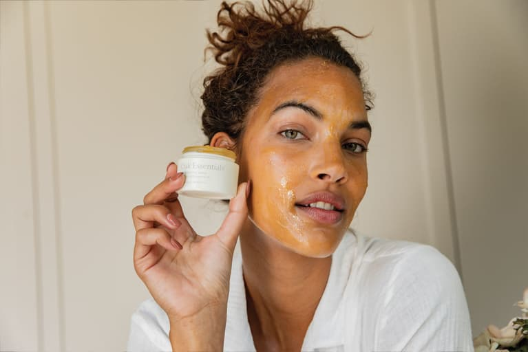 I Tried This Clean Skin Care Line & Have Glowing Skin For The First Time