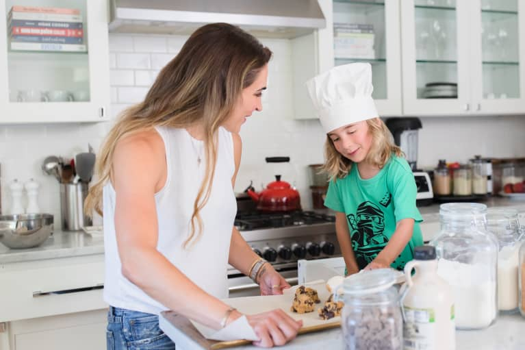 (Mostly) Mindful Parenting: Two Picky Eaters, Two Parenting Styles & Lots Of Running Around