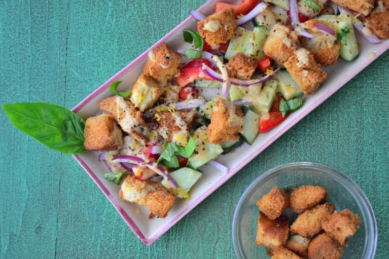 Shake Up Your Summer Salad Routine With Bell Pepper Panzanella