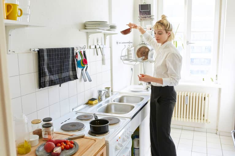 The 3 Places You Should Be Cleaning At Home Every Single Week