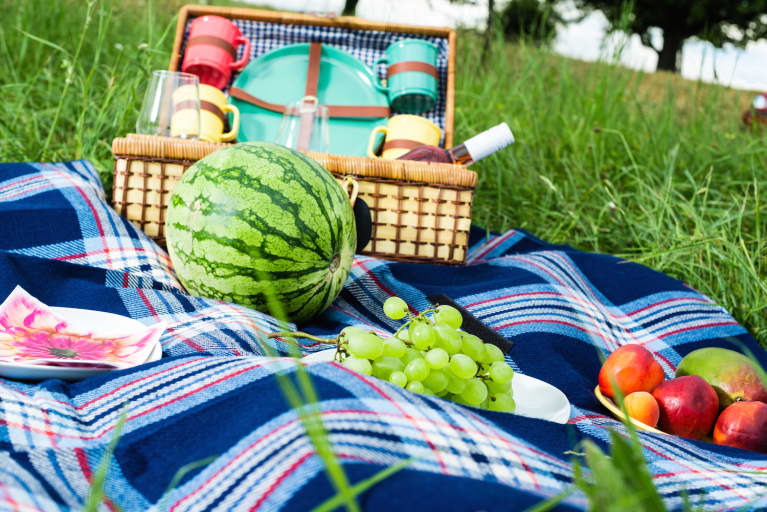 9 Ways To Pack A Healthy Picnic