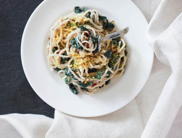 A Creamy Plant-Based Pasta Recipe That's Pure Genius