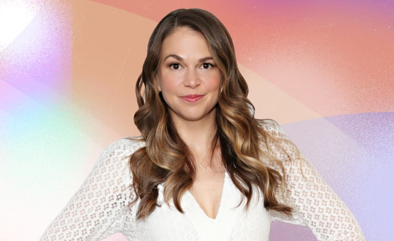 """""""Younger"""" Actress Sutton Foster Shares The Longevity Practices She Swears By"""
