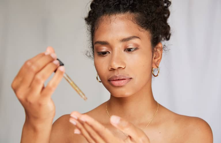 Dry Skin? You Must Try This Simple Tip From A Cosmetic Chemist