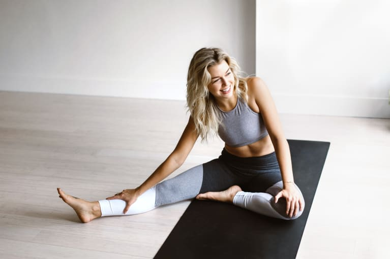 5 Reasons All Runners (Or Anyone With Tight Muscles) Should Do Yoga