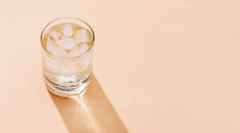 Is Sparkling Water Just As Hydrating As Still? An Expert Weighs In