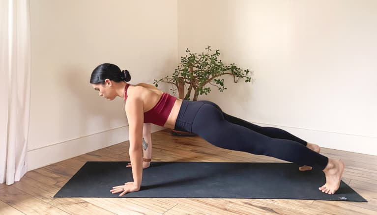 The Best Core Exercises That Are Perfect For Beginners + Ways To Level-Up