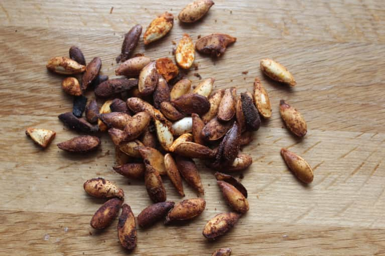 Try These Roasted Pumpkin Seeds For Protein, Zinc & Iron
