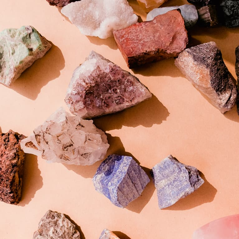 Win This Week's Virgo New Moon With These 3 Crystals