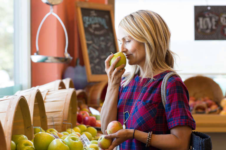 My #1 Tip For Beating Cravings That Kick In After Dinner
