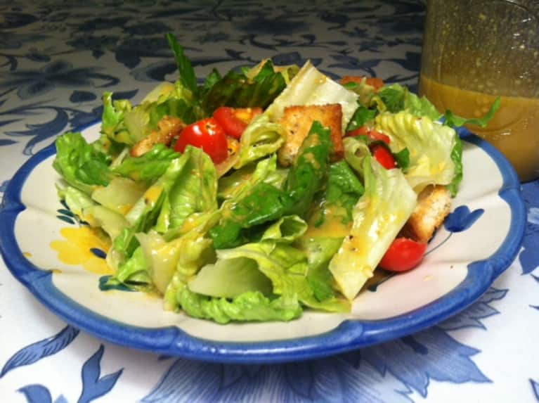 Creamy Vegan Caesar Salad (With Gluten-Free Croutons!)