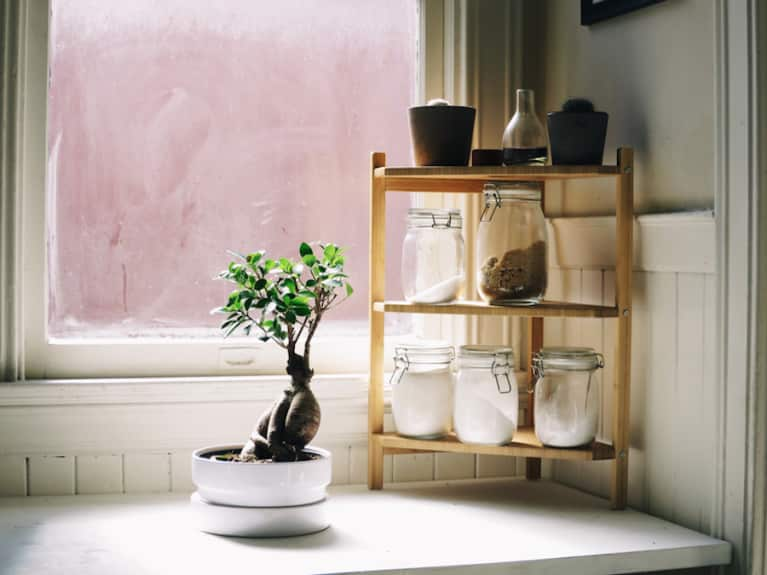 This One Feng Shui Tool Is The Ultimate Energy Booster (Hint: You Already Have It In Your Kitchen)