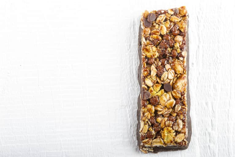 Addicted To Energy Bars? 6 Important Things To Look Out For