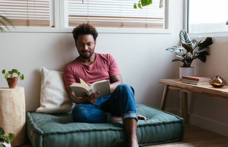 Read Well, Live Well: 5 Ways Reading Benefits Your Brain