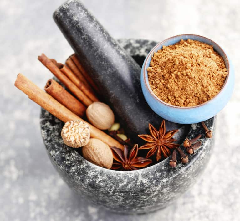 5 Spices To Boost Your Immunity + Improve Your Digestion