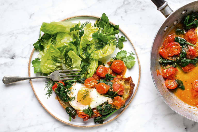 Got A Savory Brunch Craving? These Simple Tomato & Thyme Eggs Will Help