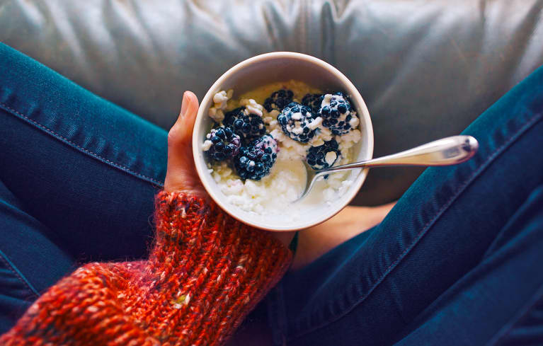 5 Beauty-Boosting Foods For Clear Skin: A Holistic Doctor Explains
