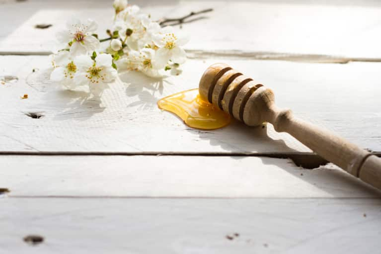 3 Solar-Infused Honey Recipes For Immunity