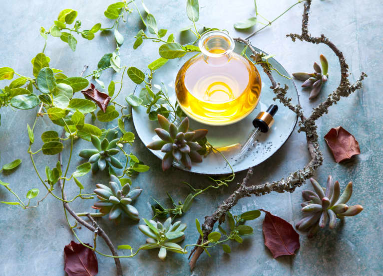 5 Essential Oils This Functional Medicine Expert Always Has On Hand