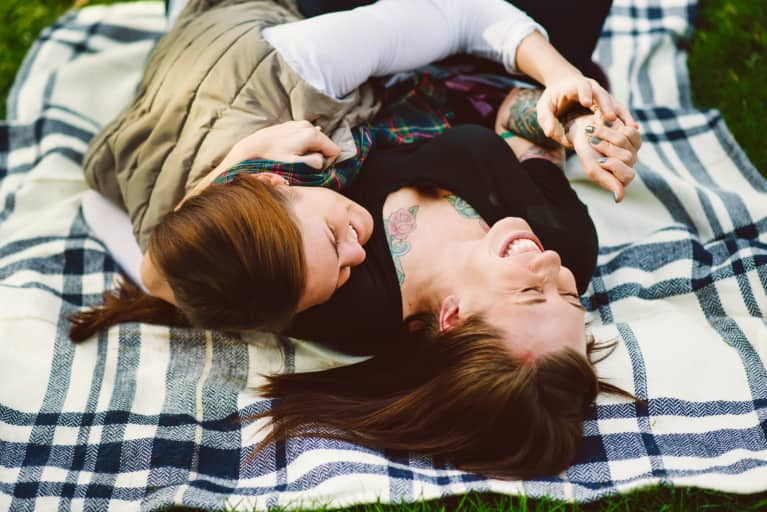8 Science-Backed Reasons To Cuddle More