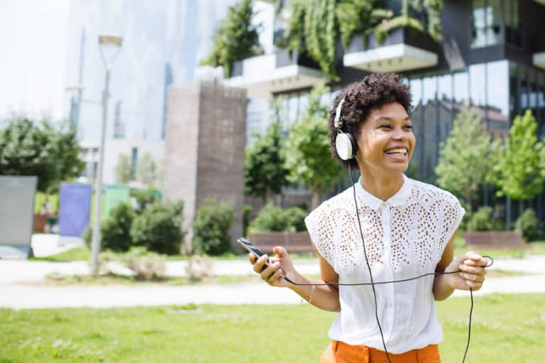 8 Seriously Inspiring Audiobooks For People Who Don't Have Time To Read