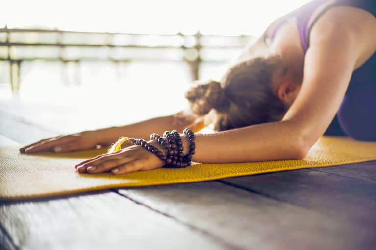 You Need To Know About The Germs On Your Yoga Mat